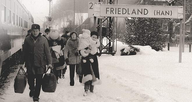 Ethnic German immigrants from Poland at Friedland Station, 21.12.1981